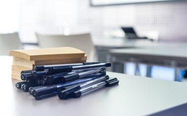Fournitures de bureau stylos